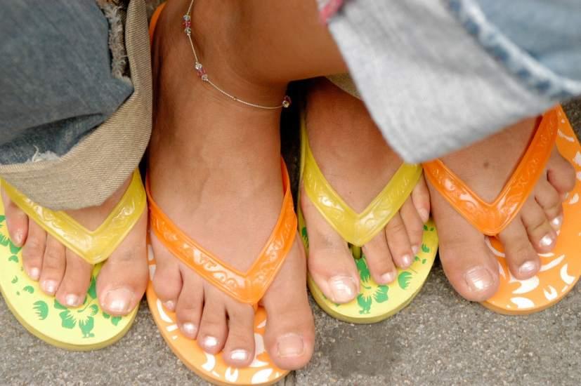 Cuida tus pies en verano