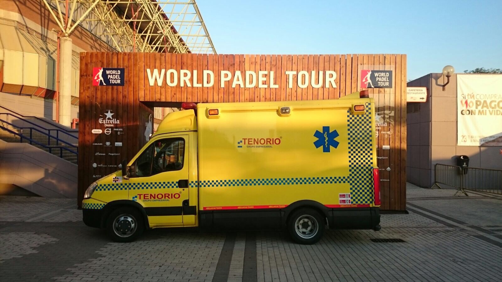 Ambulancias Tenorio e Hijos S.L. colabora con el World Padel Tour
